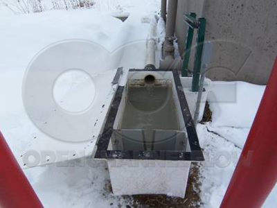 fiberglass weir box with stainless steel weir plate