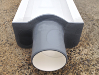inlet bulkhead with pipe stub on a 0.5-foot fiberglass H flume